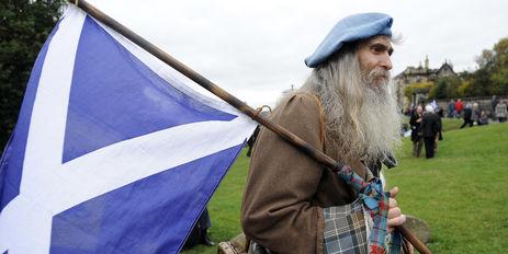 référendum sur l'indépendance de l'Écosse - tiens tiens y a-t-il une ressemblance dans le drapeau ?