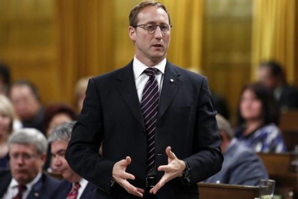 le Sinistre fédéral canadien de la justice Peter Mackay